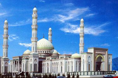 Le Kazakhstan inaugure une mosquée géante dans sa capitale Astana